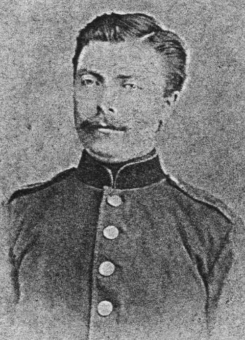 Black and white photograph of Jan Hendrik Gemmen in military dress.