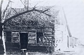 The log cabin of Katie Smit's parents. Katie married Jan Egbert Olthof.