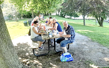 Photograph of tour group from Grafschaft Bentheim members at a picnic table