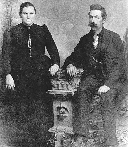 Berend Klukkert and wife Amanda Johnson around the year 1874