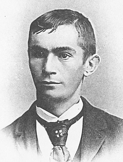 Black and white portrait of Evert Lotterman.